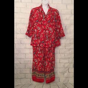 2-piece Red Floral Capri Set